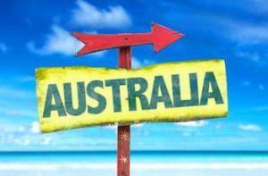 Schild mit Pfeil und Aufschrift Australien
